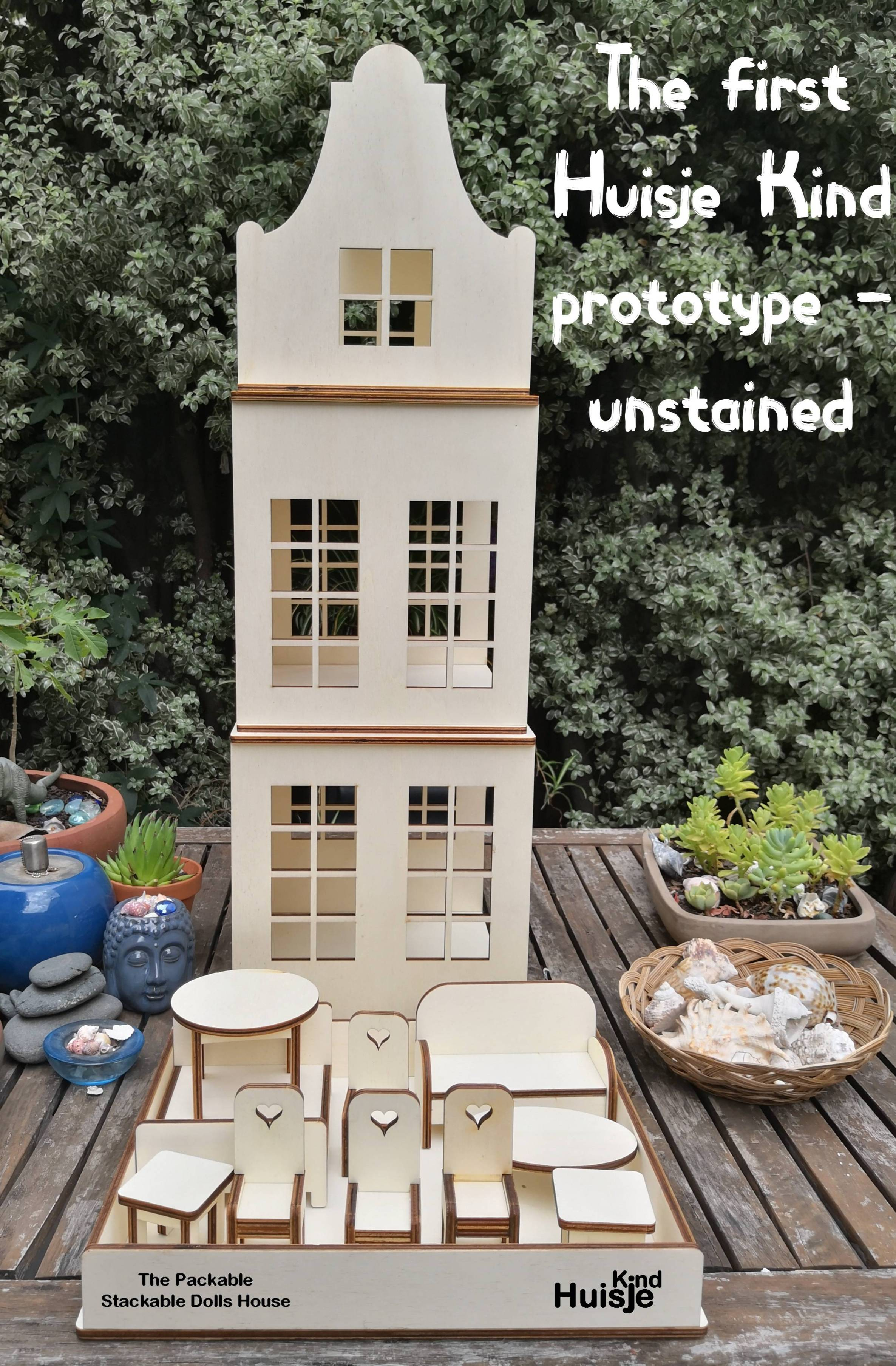 packable stackable dolls house